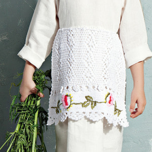 Darja Apron - White ★LAST ONE★