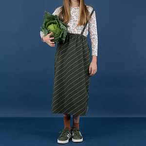 [균일가] Diagonal Stripes Wv Braces Long Skirt - Dark Green/Pistacho  ★ONLY 2Y★