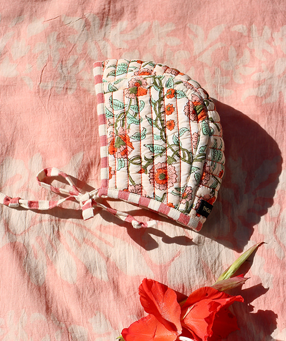 Quilted Baby Bonnet - Flower block
