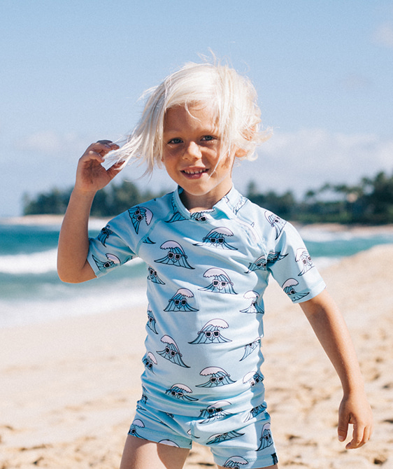 Surf's Up Tee - Light Blue ★ONLY 116/122★